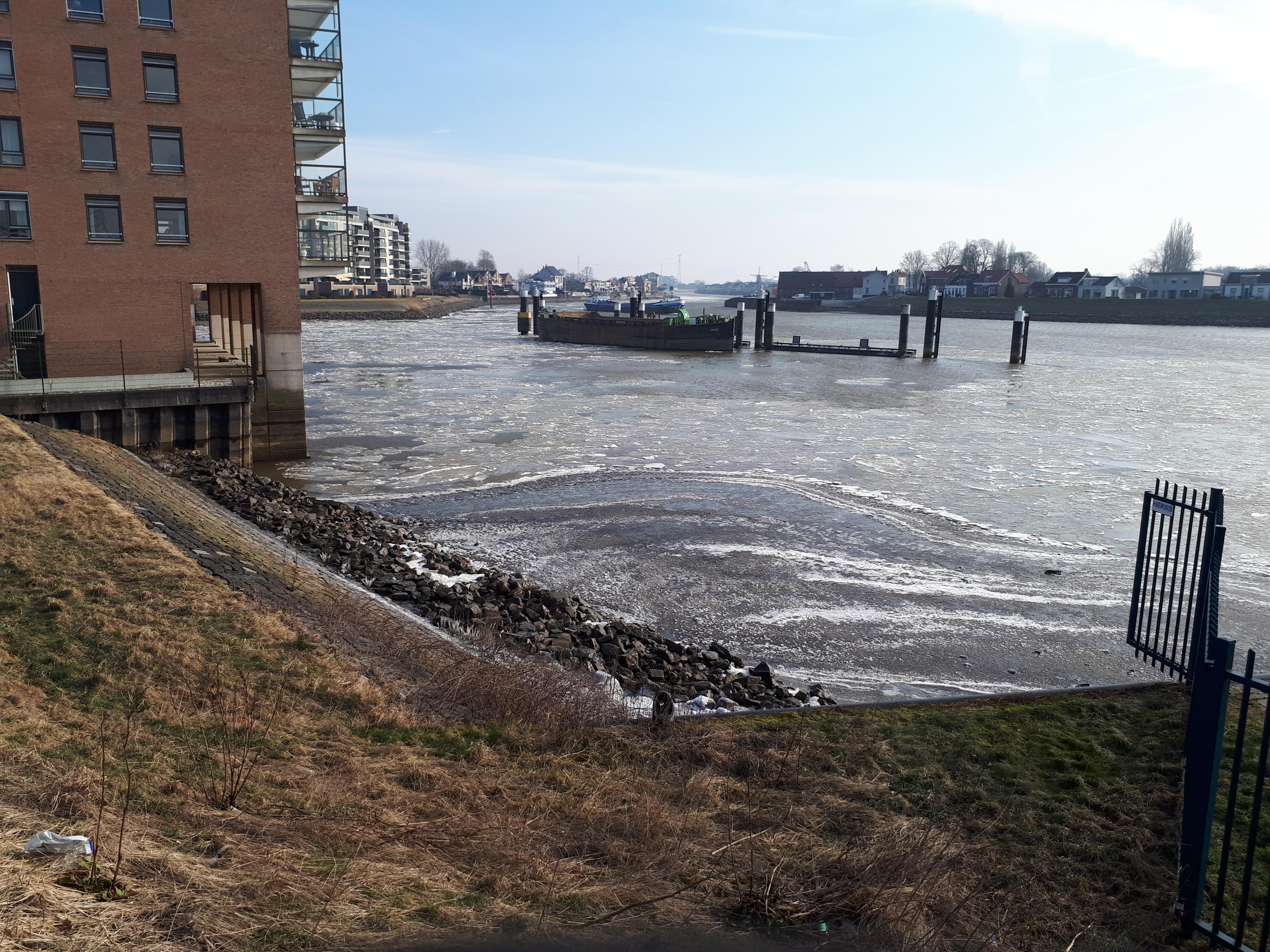 IJsgang in de Hollandse IJssel