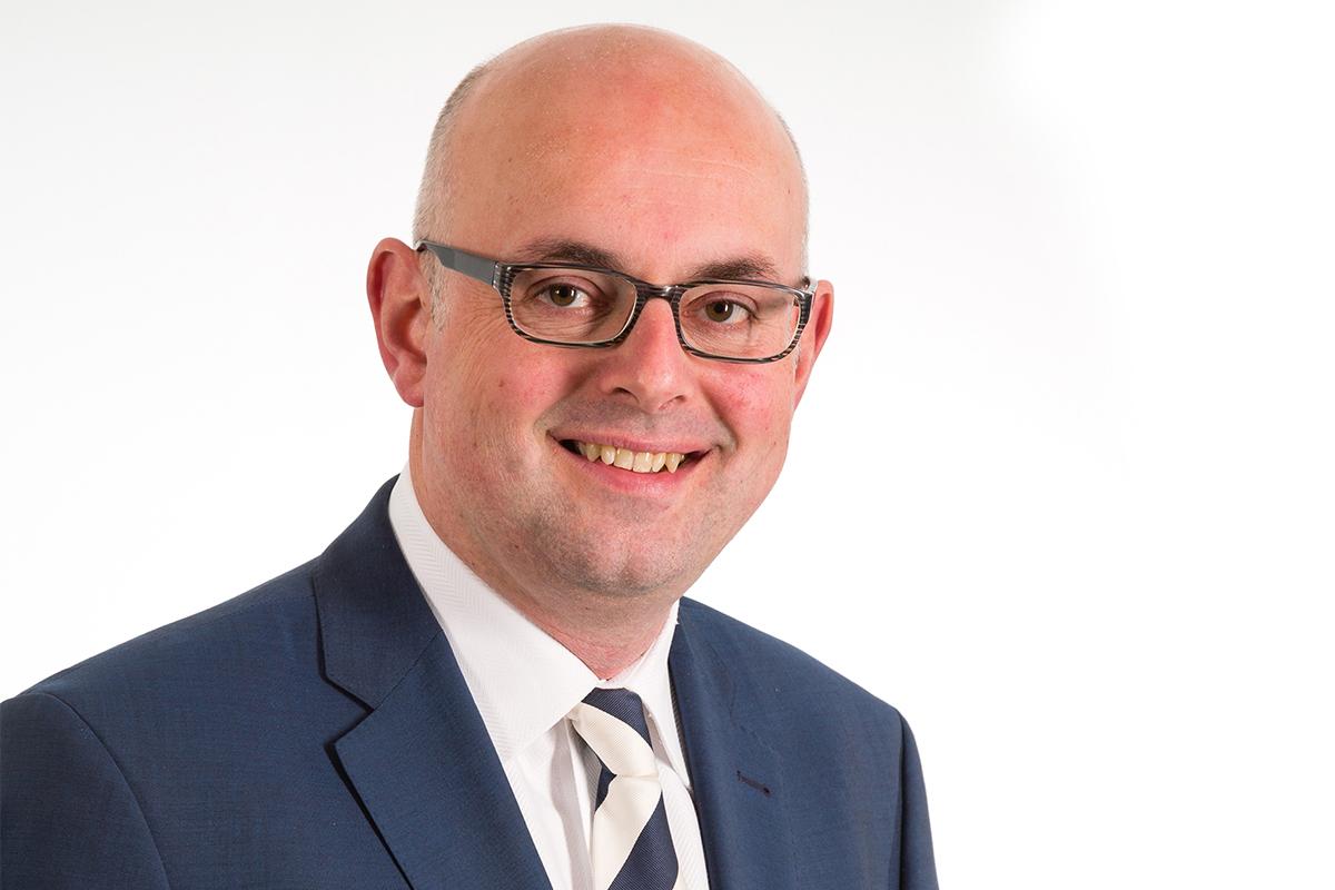 Burgemeester Martijn Vroom aangesteld als informateur Gemeente Woerden